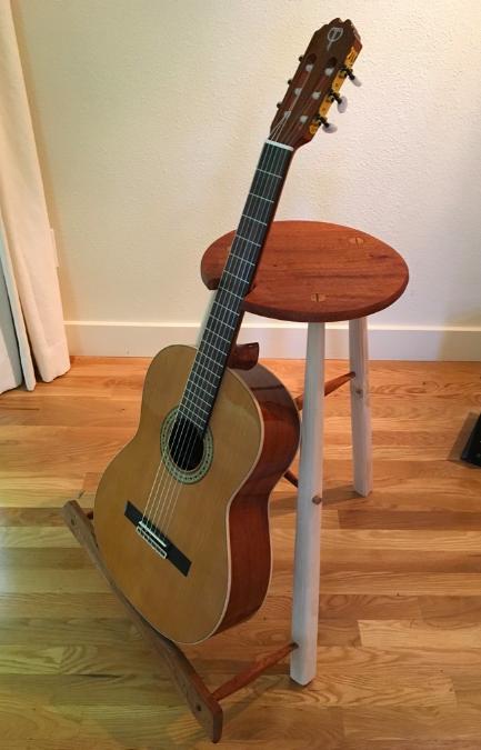 guitar-standstool