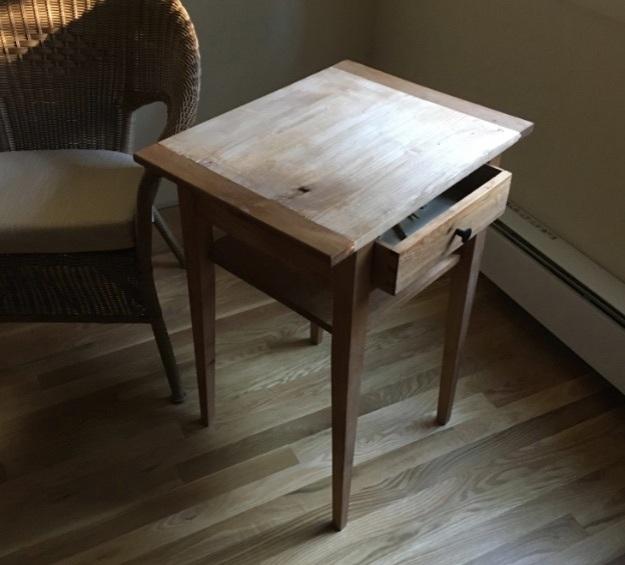 Shaker Bedside Table (Wide)
