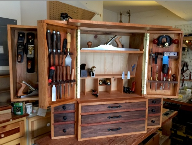 Tool_Cabinet_Open_1