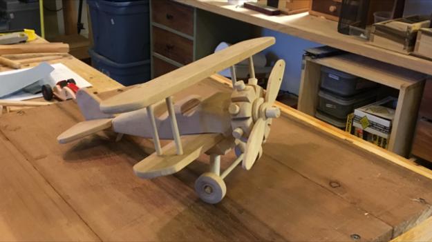 toy_biplane